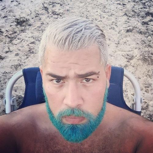 man colourful hair (20)