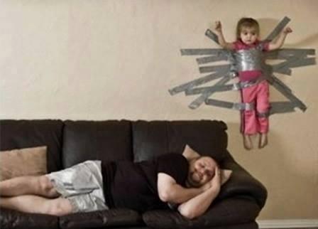 татко гледа децата (20)