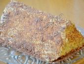 Торта-пирамида с вишни