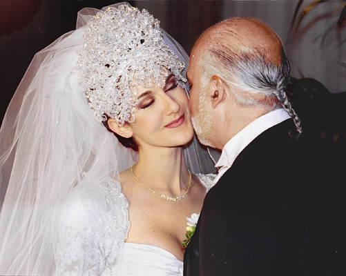 T3 (CP note--Magazines out/TV out)---CE3/CI/DEC 17 94/GORDON BECK Celine Dion and husband Rene Angelil DION CELINE ANGELIL RENE WEDDING