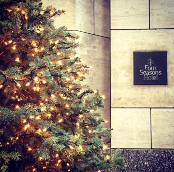 four_seasons_new_york_christmas_1