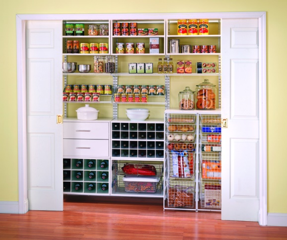 Голям шкаф с продукти