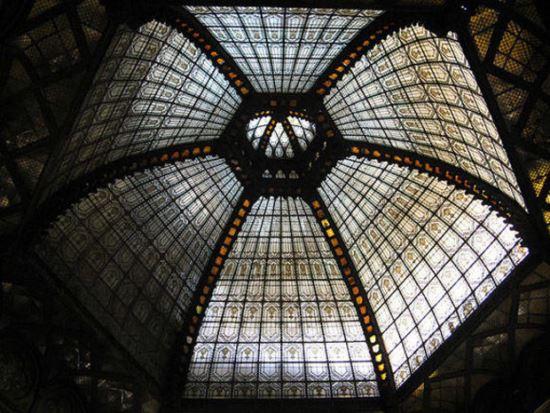 Виждате купола отдолу или отгоре