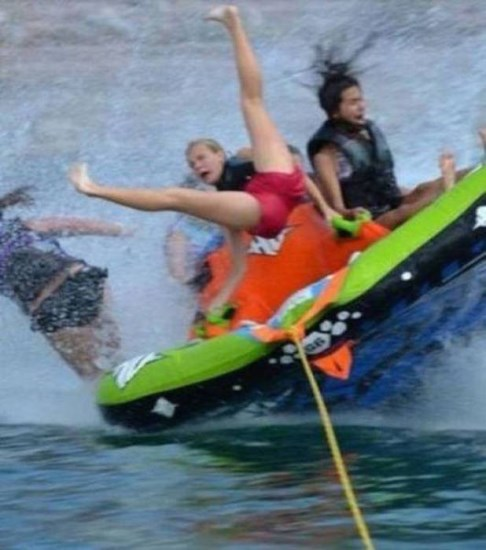 these-brave-water-tubers-got-caught-up-in-wild-wipeouts-13