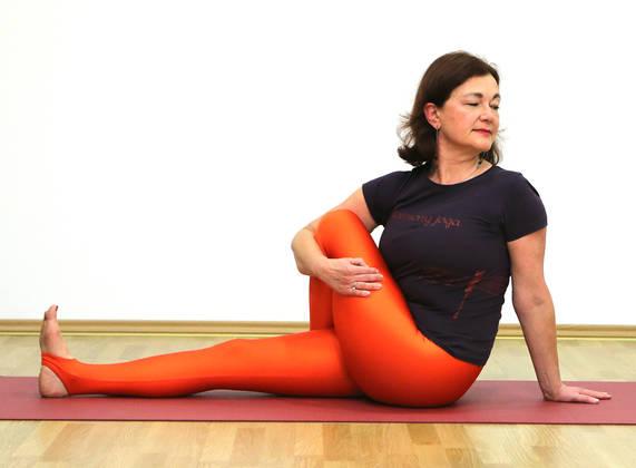 yoga-upr2