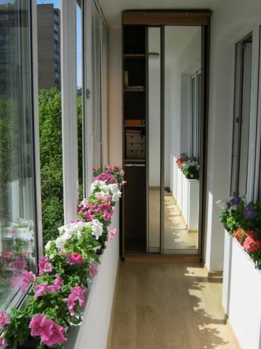 337055-R3L8T8D-650-balkon4