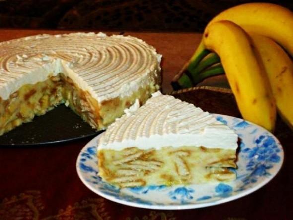 Торта с банани и бисквити