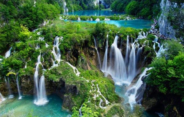 Най-големият национален парк в Хърватия, езера