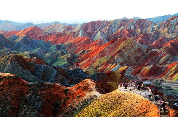 Цветни скали Чжан Данксиа в провинция Гансу - Китай