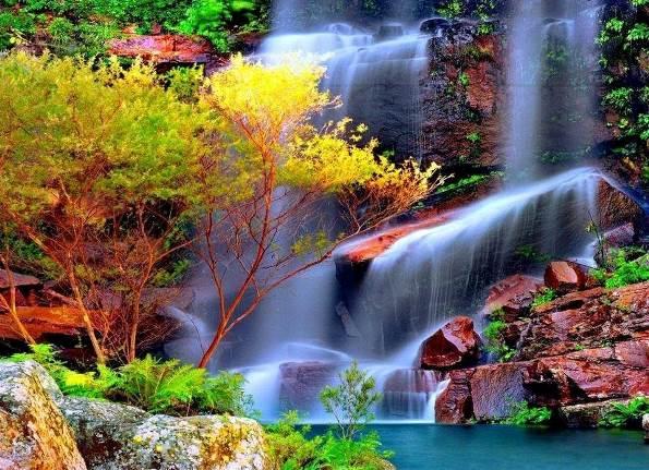 Ободрителният въздух около водопада е зареден с отрицателни йони, за които се смята, че имат благотворен ефект върху тялото.