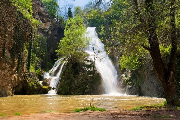 """Водопад """"Кая Бунар"""", с. Хотница, Велико Търново"""