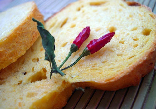 Хляб с люти чушки
