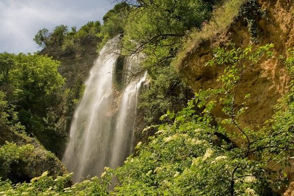 """Водопад """"Полска Скакавица"""", Земенска планина, област Кюстендил"""
