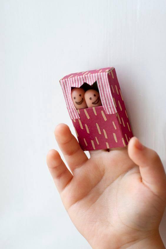 Направи си сам - куклен театър с пръсти
