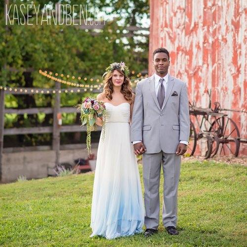 dip-dye-wedding-dress-trend-10-57cdba82342e9__700