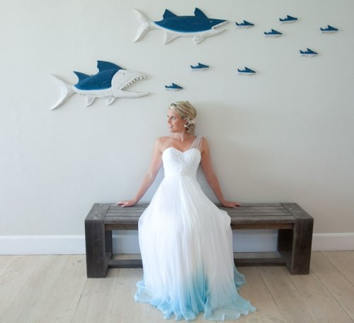 dip-dye-wedding-dress-trend-17-57cdc0126a650__700