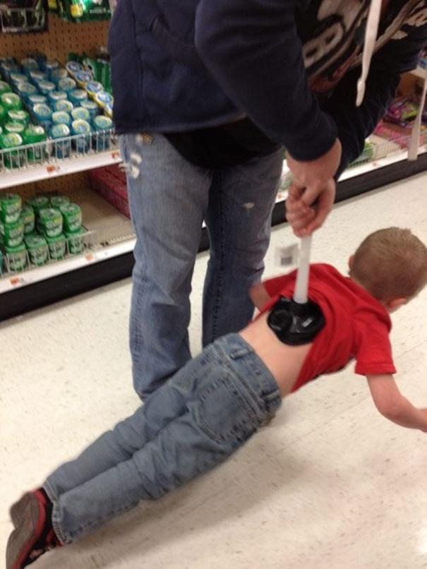 funny-dads-parenting-fails-28-577672625b28c__605