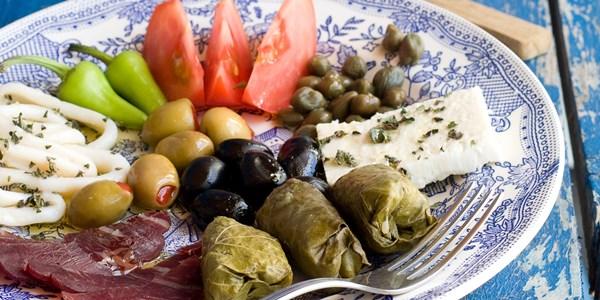 Порция храна от Средиземноморската диета